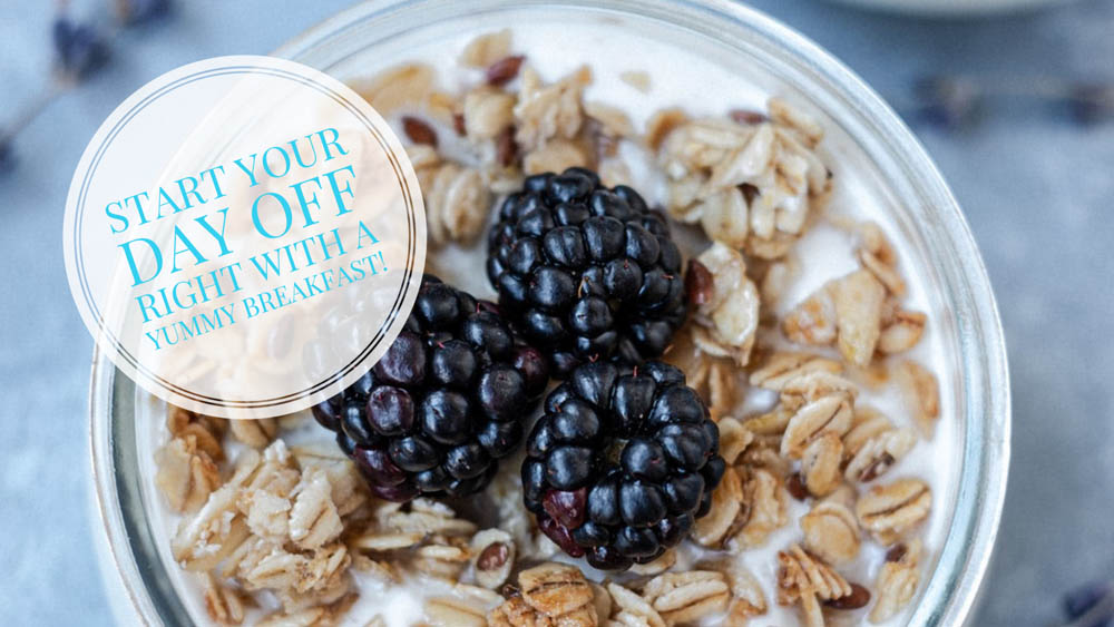 Breakfast oats with Blackberries