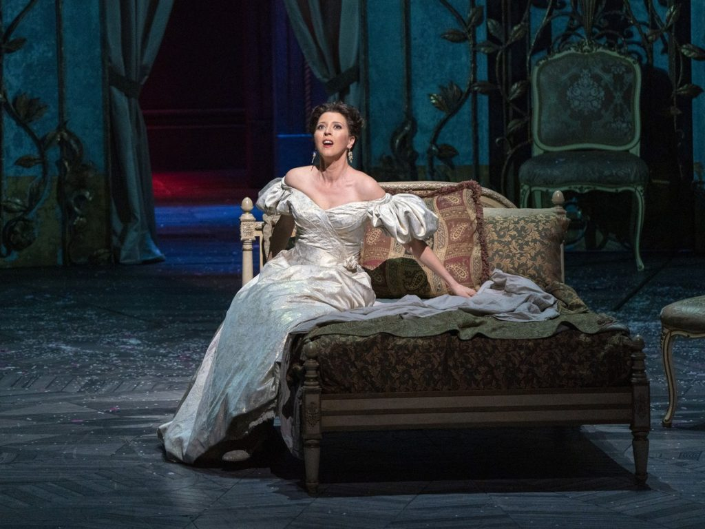 Traviate , Metropolitan Opera, Lisette Oropesa