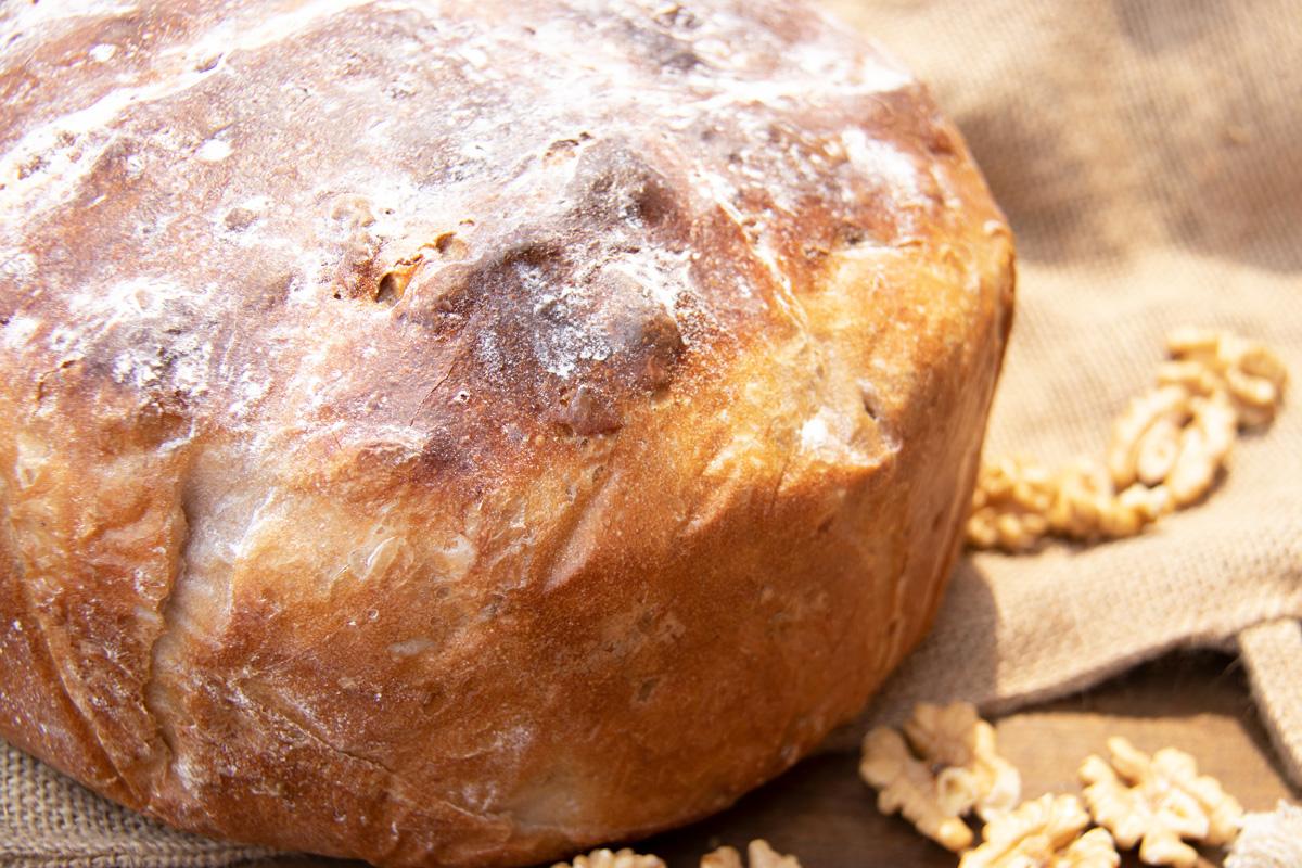 Walnut Bread, Le Creuset Duch Oven