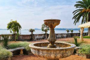 Grand Hotel Fasano, Gardone Riviera, Lago di Garda, Brunnen