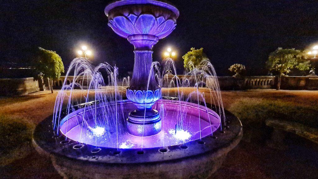 Grand Hotel Fasano, Gardone Riviera, Lago di Garda, Fountain night view