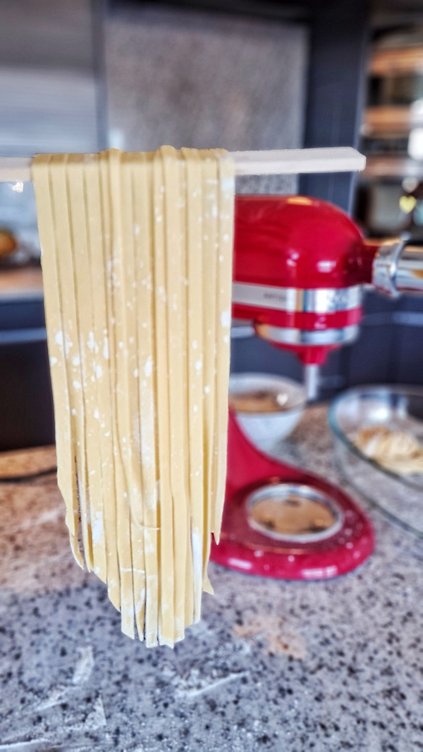 Homemade Fettuccine with the Kitchenaid