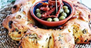 Portuguese Olive Bread with sun-dried Tomatoes and Sagres beer